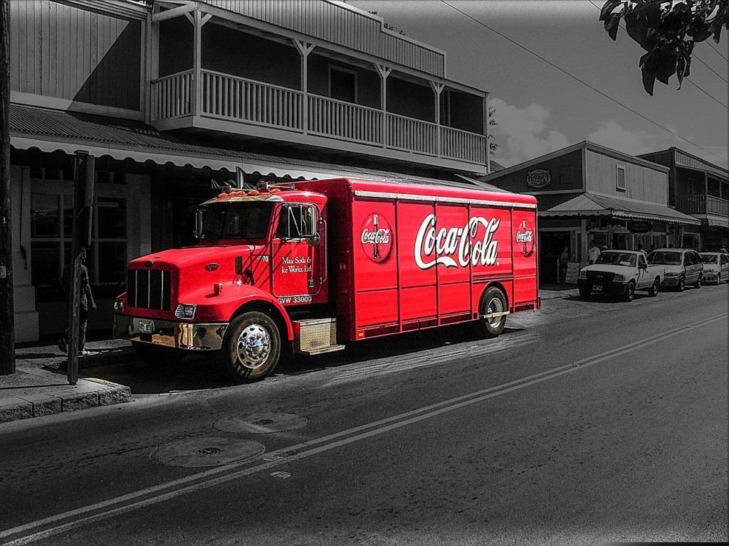 TURUNDUSKAMPAANIAD PEATATUD, RAHA HEATEGEVUSSE I Coca-Cola suunab kogu turunduseelarve kogukonna aitamiseks