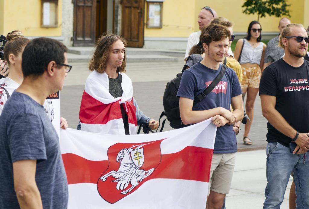 Miiting-Valgevene-toetuseks-16.08.20-Foto-Diana-Olesyuk-7